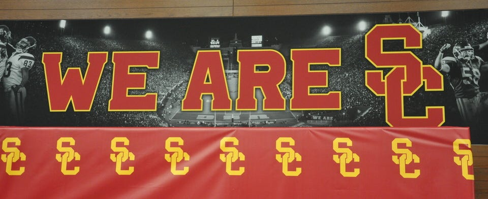 Will USC win more than 8 games in 2020?