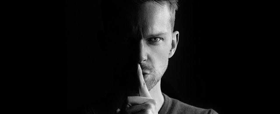 Does misinformation spread uncontrollable rumors?