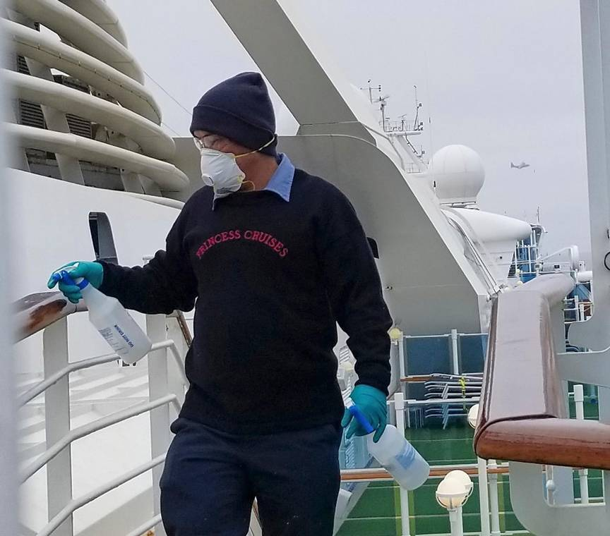 Should passengers and crew finally be allowed off Cruise ships?