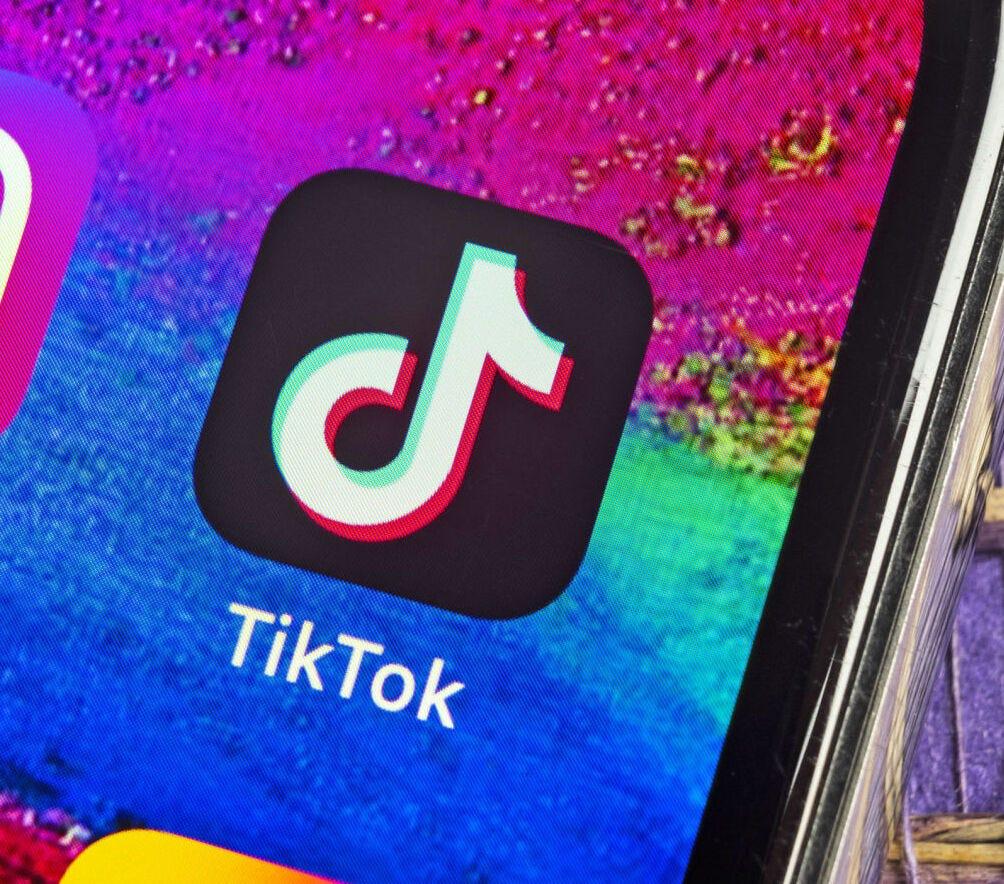 Should the U.S. ban Tik Tok?