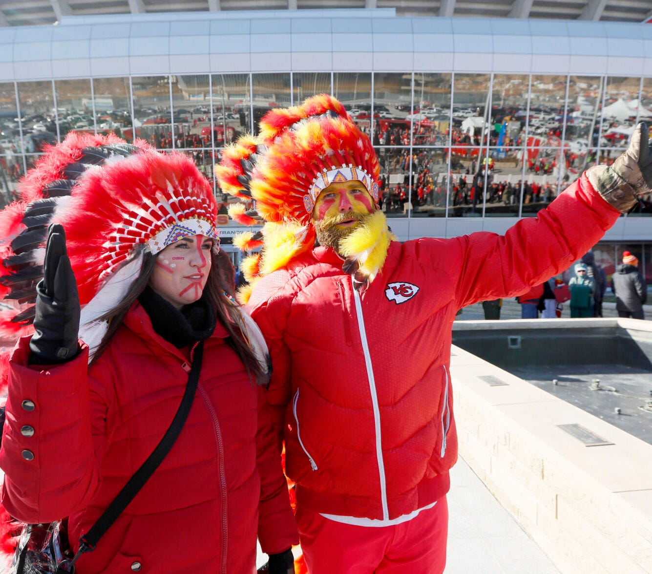 Should the Chiefs ban Native American headdresses and face paint?
