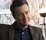 """Call it before the movie is released: Is Edward Norton the murderer in """"Knives Out 2""""?"""
